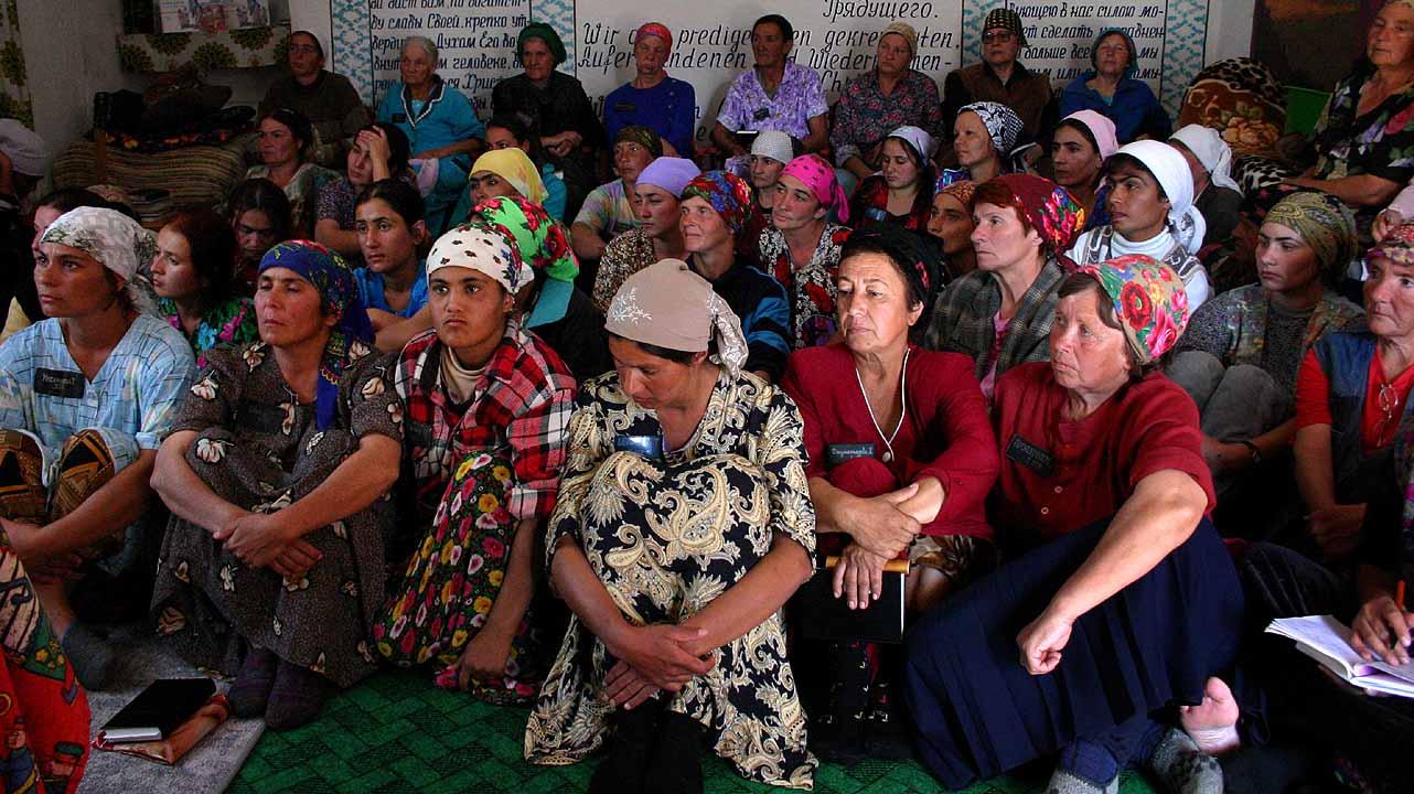 بازداشت یک روحانی در تاجیکستان که به بهانه یادگیری روش بارگیری به  زنان تاجیک تجاوز جنسی می کرد