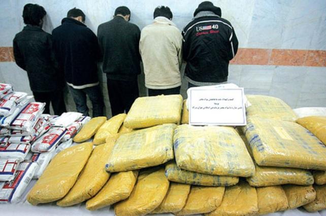 ایران کشوری با  800 هزار قاچاقچی مواد مخدر