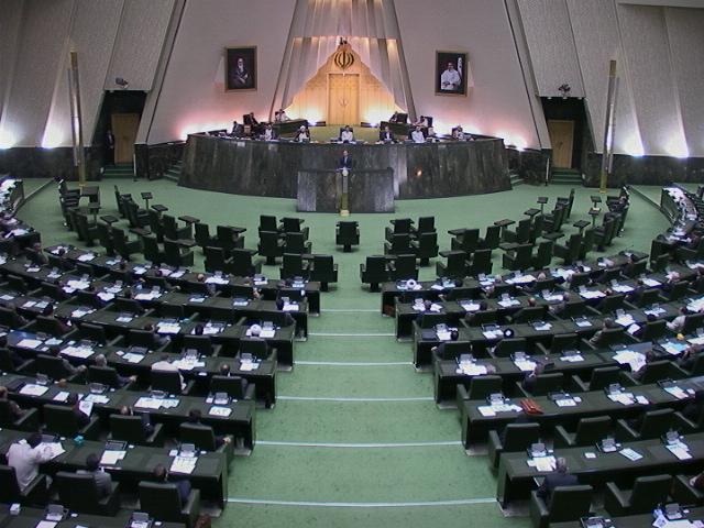 نمایندگان کردستان در مجلس هم استعفا کردند