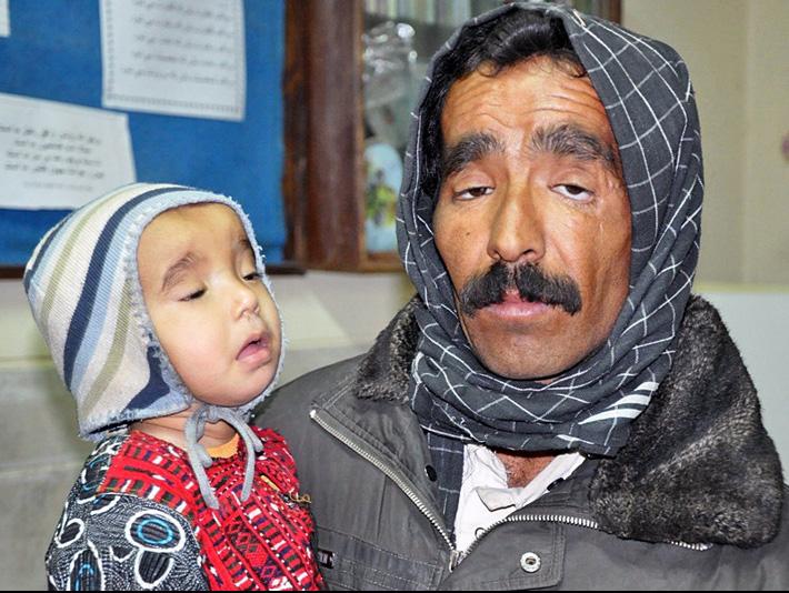 شیوع بیماری تنفسی و سل؛ توفان شن در بلوچستان همه را فراری داده