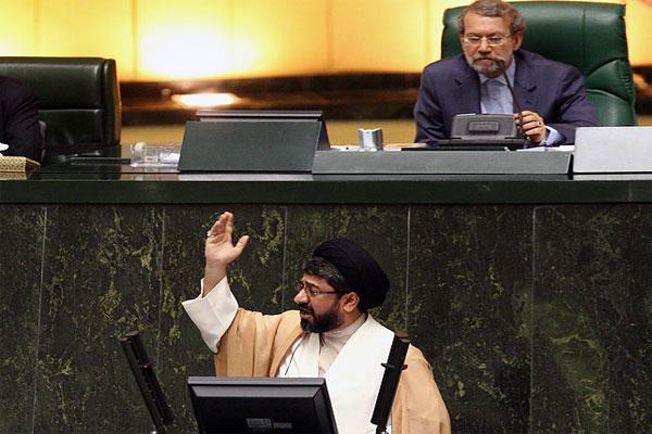 طرح الزام دولت ایران به غنی سازی ٦٠ در صد، به هیأت رئیسه مجلس ارائه شد