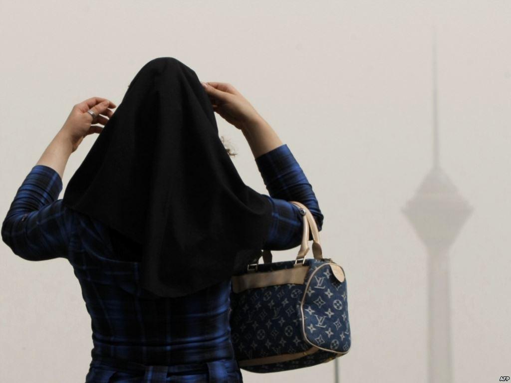 کاهش سن زنان بیخانمان / 15 تا 20 درصد بیخانمانهای تهران زن هستند