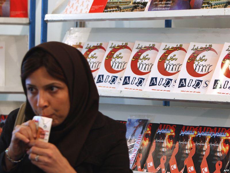 نماینده مجلس: آمار شیوع ایدز در ایران نسبت به دیگر کشورها بالا و نگرانکننده است
