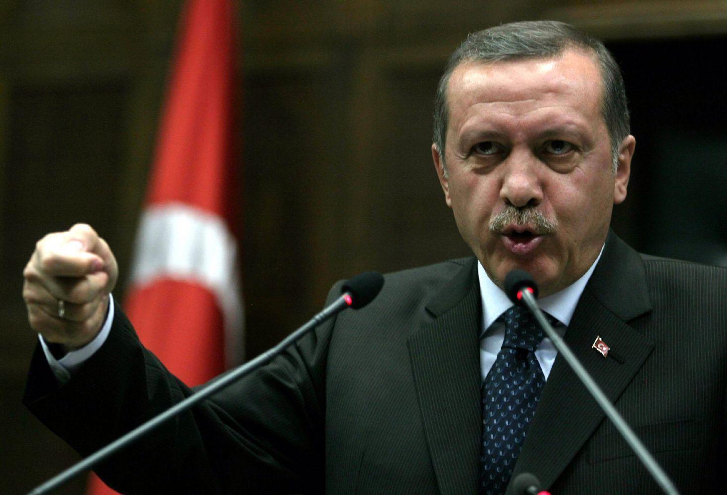 شنود مکالمه تلفنی جنجالی اردوغان و پسرش درباره فساد مالی