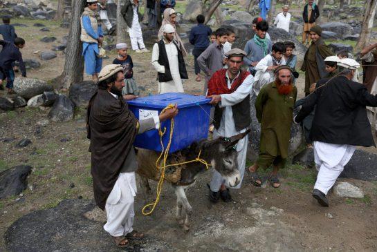 رای گیری برای انتخاب رئیس جمهوری آینده افغانستان آغاز شد