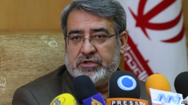مولوی عبدالحمید: مرزبانان به نیروهای مردمی تحویل شده اند
