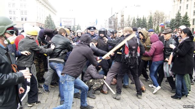 درگیری روسگرایان با هواداران تمامیت ارضی اوکراین - خارکف، هفتم آوریل
