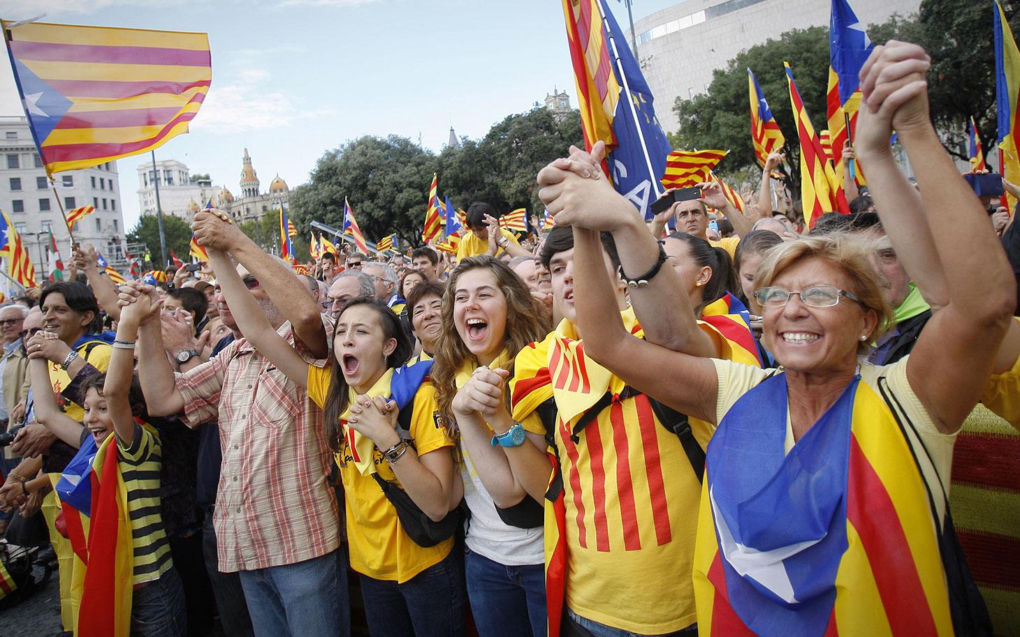 کاتالونیا برغم مخالفت پارلمان اسپانیا با همه پرسی هنوز در پی رسیدن به استقلال است