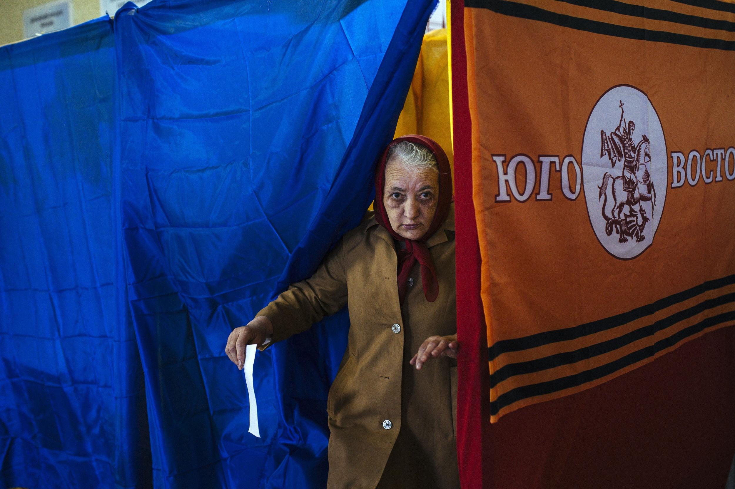 اعلام پیروزی استقلال طلبان شرق اوکراین در همه پرسی