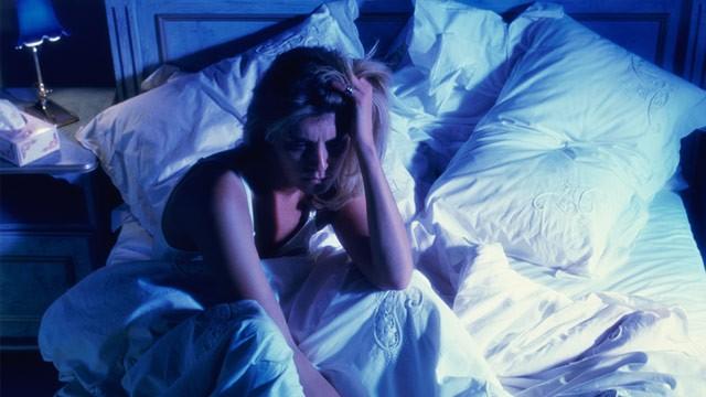 نور اتاق خواب احتمال چاقی زنان را 'بیشتر' میکند