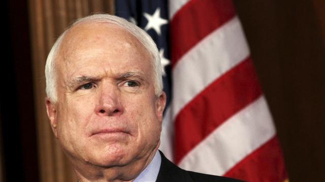 جدال سقوط شهر موصل به کاخ سفید رسید؛سناتور مک کین خواهان استعفای تیم امنیت ملی باراک اوباما شد