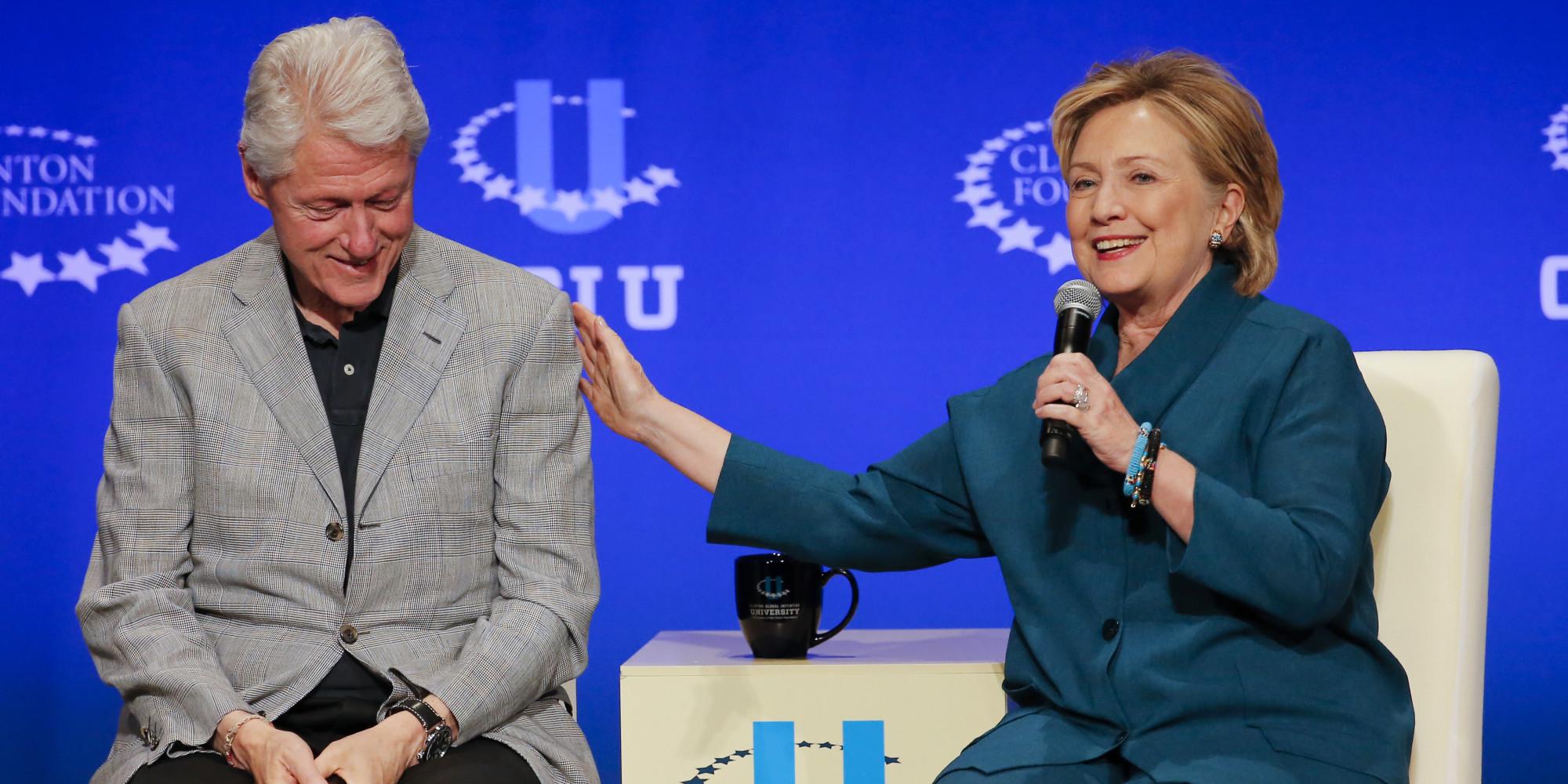 درآمد 160 میلیون دلاری بیل کلینتون وهمسرش از حضور وسخنرانی در مناسبتهای مختلف