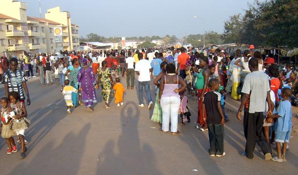 دست کم 33 کشته ودهها تن مجروح در کنسرت موسیقی خوانندگان رپ در گینه