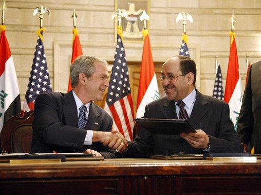 داستان فریب خوردن جورج دبلیو بوش توسط نوری المالکی