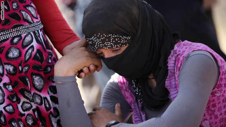 داعش فروش 300 تن از دختران اقلیت ایزدی در برابر 1000 دلار برای هر دختر را آغاز کرد