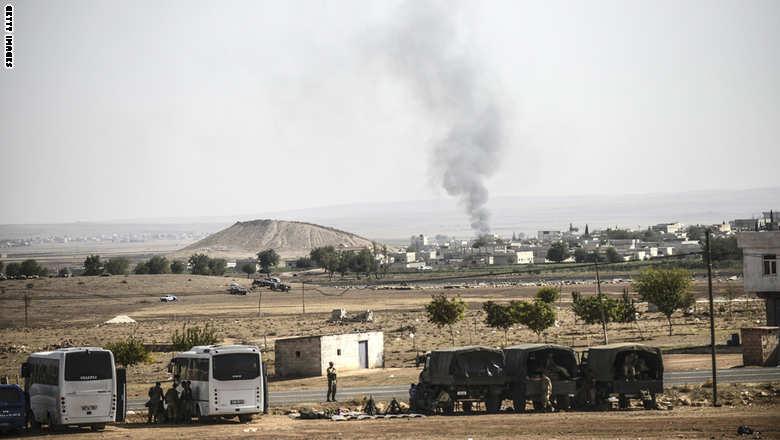 """نیروهای داعش تپه استراتژیک """"مشته نور"""" مشرف به شهر کوبانی را تصرف کردند"""