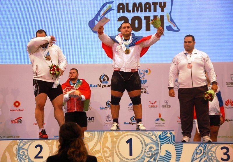 ناکامی بهداد سلیمی در کسب مدال طلای وزنه برداری قهرمانی جهان
