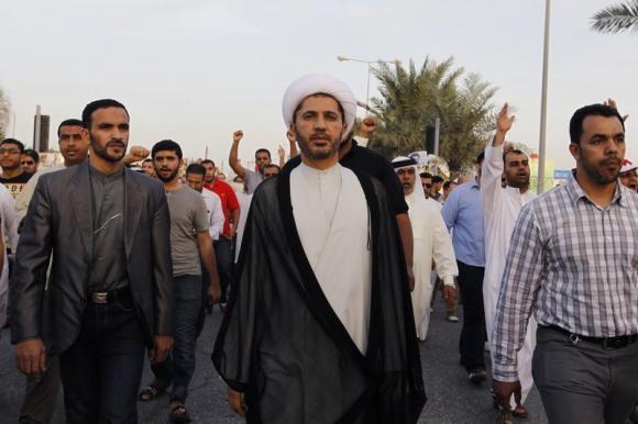 وزارت خارجه امریکا:ایران در حال مسلح کردن شیعیان بحرین است