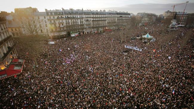 راهپیمایی تاریخی در فرانسه به یاد قربانیان ترورهای پاریس