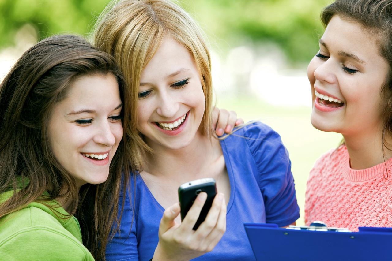بررسی آسیب زایی موبایل بر سلامت انسان.. موبایل ها مضرند اما ضرر ندارند!