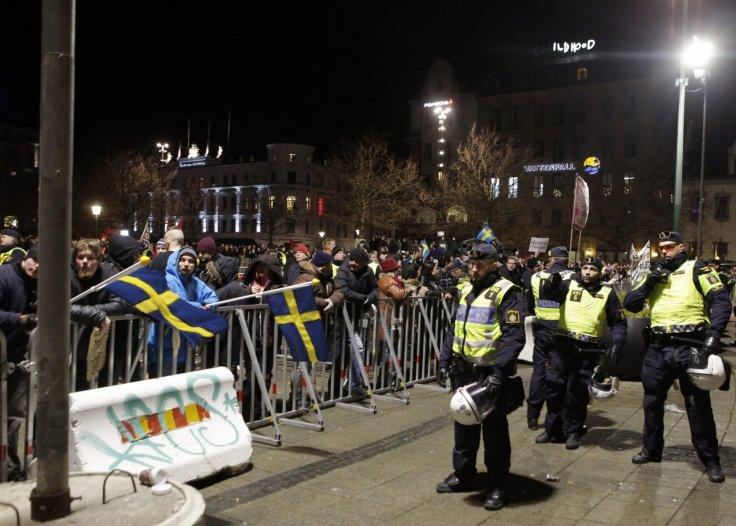 حمله مسلحانه و به رگبار بستن مشتریان رستورانی در سوئد