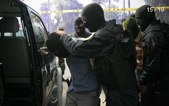 بازداشت هاى گسترده فعالان سياسي وفرهنگى عرب در آستانه سالياد انتفاضه  أوريل 2005در اهواز