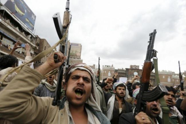 ایران به حوثی ها اسلحه و آموزش نظامی می دهد