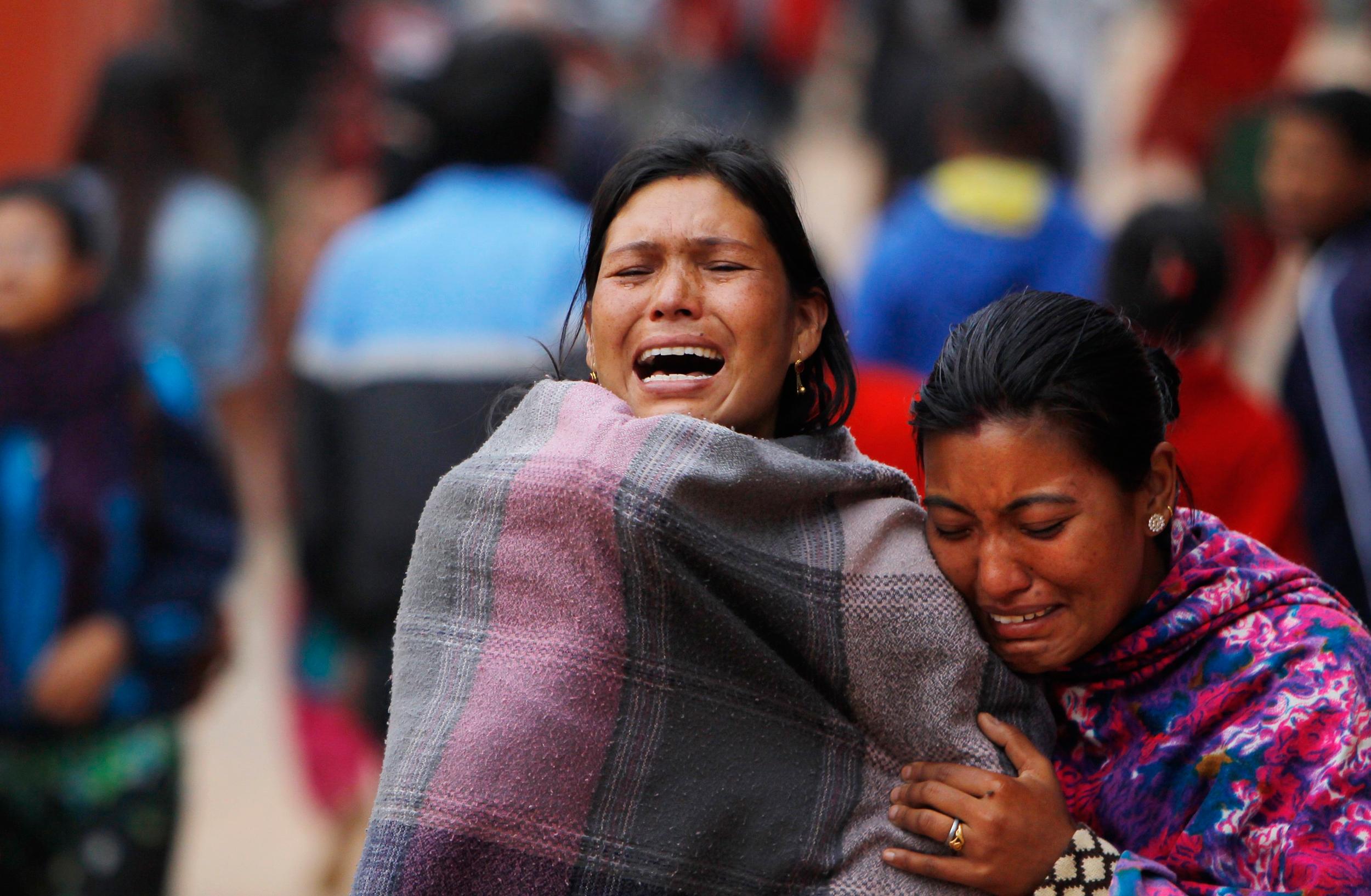 شمار کشته شدگان زلزله نپال از ۳۰۰۰ نفر فراتر رفت