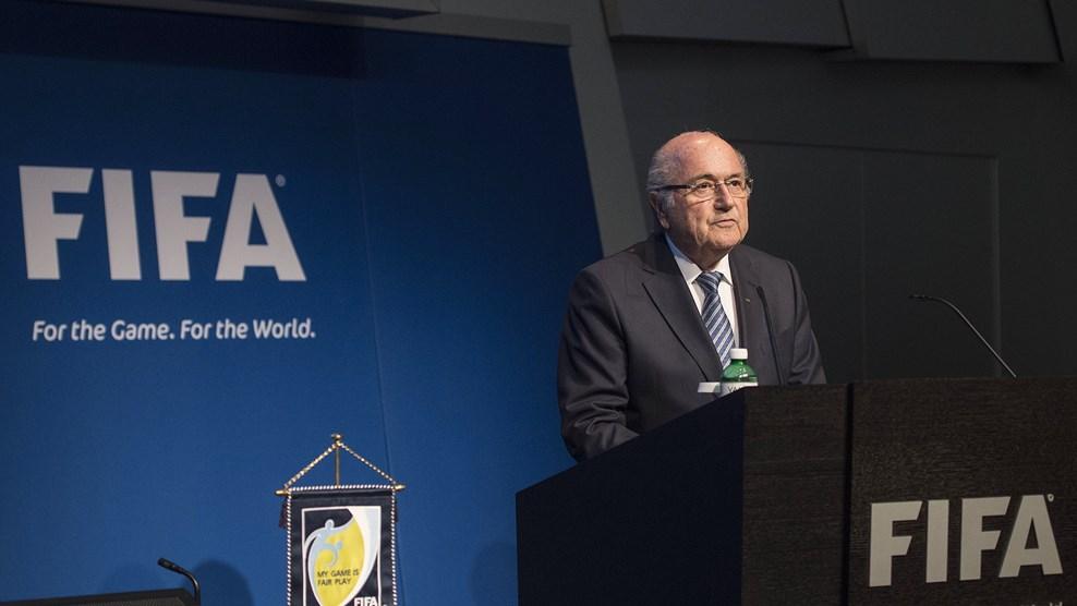 سپ بلاتر کناره گیری خود را از ریاست فیفا اعلام کرد