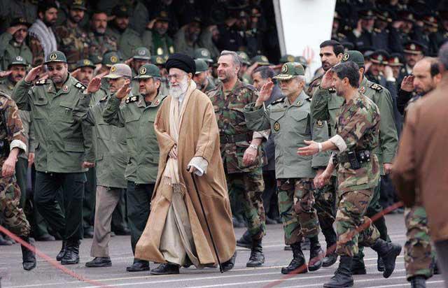 تغییر رژیم ایران، بهترین راه برای توقف برنامه هسته ای وآرامش منطقه خاورمیانه