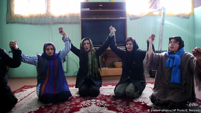 هشدار نسبت به زنانه شدن اعتیاد در ایران