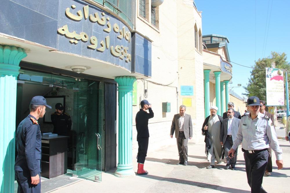 زندان های آذربایجان غربی ۴ برابر ظرفیت خود زندانی دارد