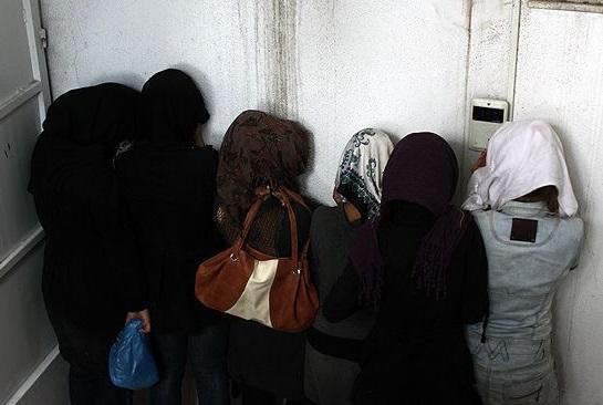 بازداشت ۵۰ دختر و پسر دزفولی در پارتی مختلط