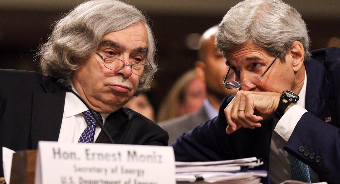 """""""هرچه بیشتر درباره توافق هسته ای ایران می شنوم، نگرانتر می شوم"""""""