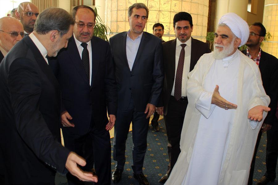 نوری مالکی در پی تظاهرات و فرار از عراق به بهانه کنفرانس اهل بیت به تهران پناه برد