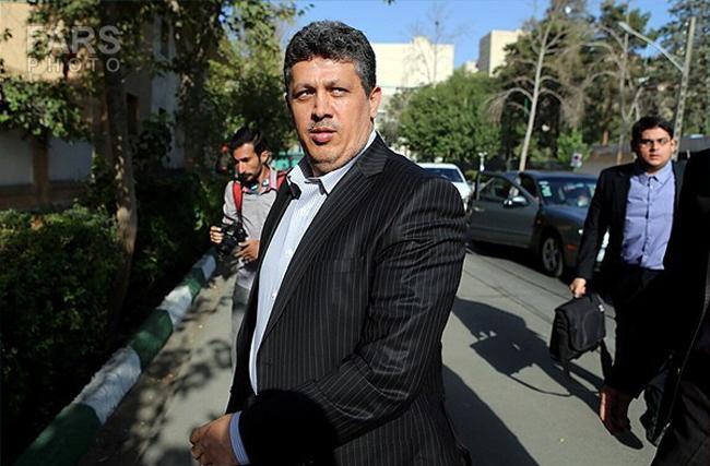 کشف ۳۰ سکه طلا و یک گوشی تلفن همراه از مهدی هاشمی در زندان اوین