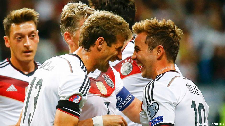 ماریو گوتزه (راست) با زدن ۲ گل سهم مهمی در پیروزی آلمان داشت