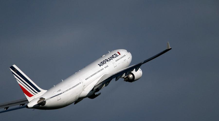 ترس از بمبگذاری و فرود اضطراری دو هواپیمای «ایرفرانس» در امریکا