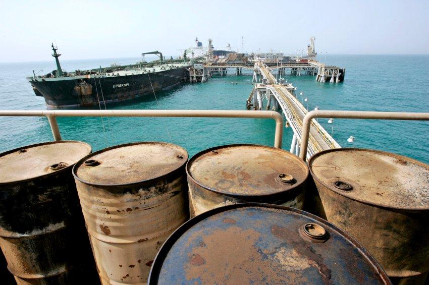 تهران لیاقت فروش نفت غارت شده مردم ستمدیده جنوب را نیز ندارد