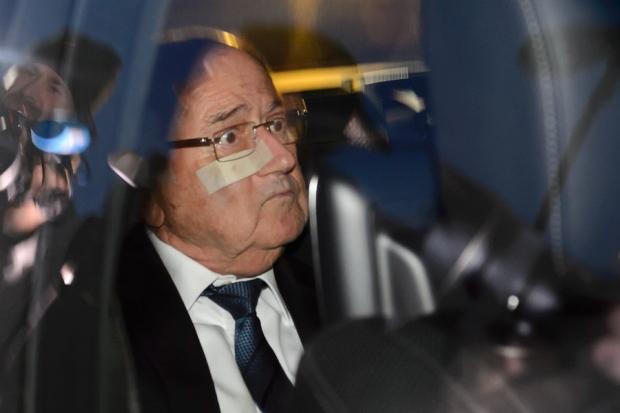 انتخاب پنج نامزد برای ریاست «فیفا» و تعلیق پرونده پلاتینی
