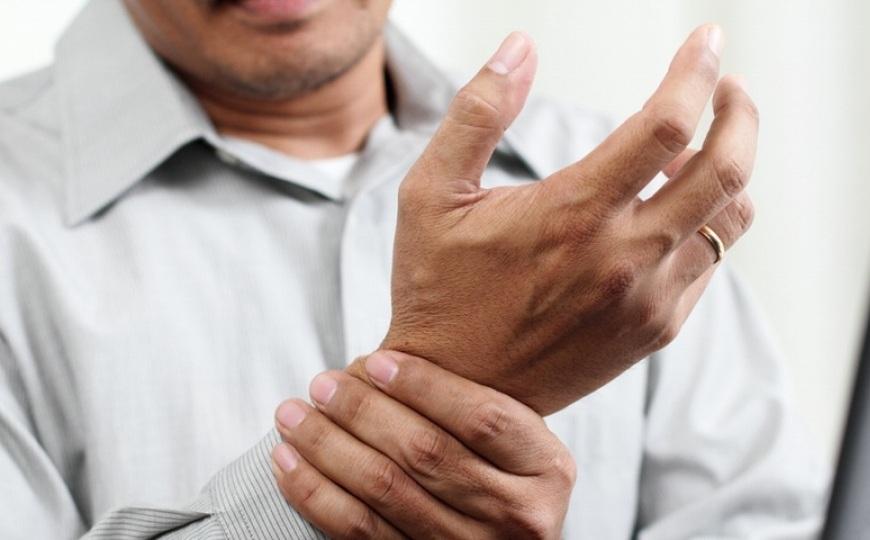 آرتروز چیست؟ علایم، دلایل و درمان آرتروز