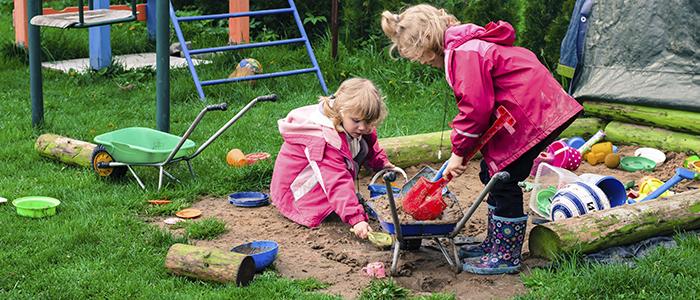 چطور از بچهها در پارک مراقبت کنیم