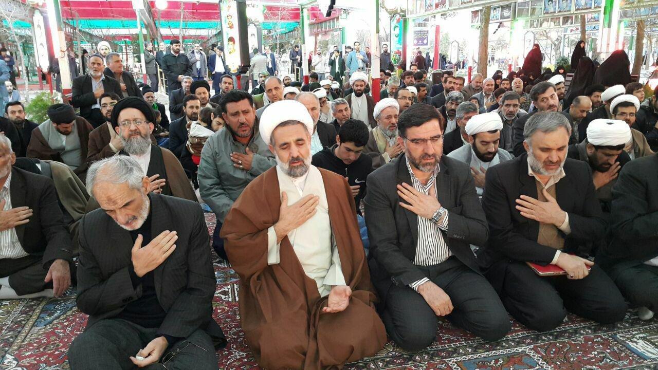 نماینده قم: ایران ذوقزده، عجولانه و بدون گرفتن ضمانت لازم با غرب مذاکره کرد