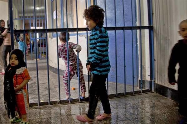 نگهداری کودکان در زندان خشونت علیه آنان است