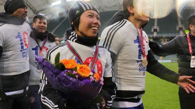 اولین زنی که قهرمان فوتبال حرفهای مردان شد