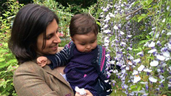 ممنوع الخروج کردن کودک ۲۲ ماهه در ایران