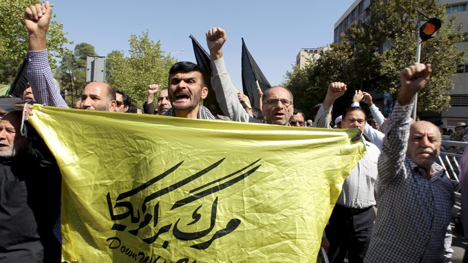 سعودی رژیم تهران را مسئول نفرستادن حجاج ایرانی به حج امسال می داند