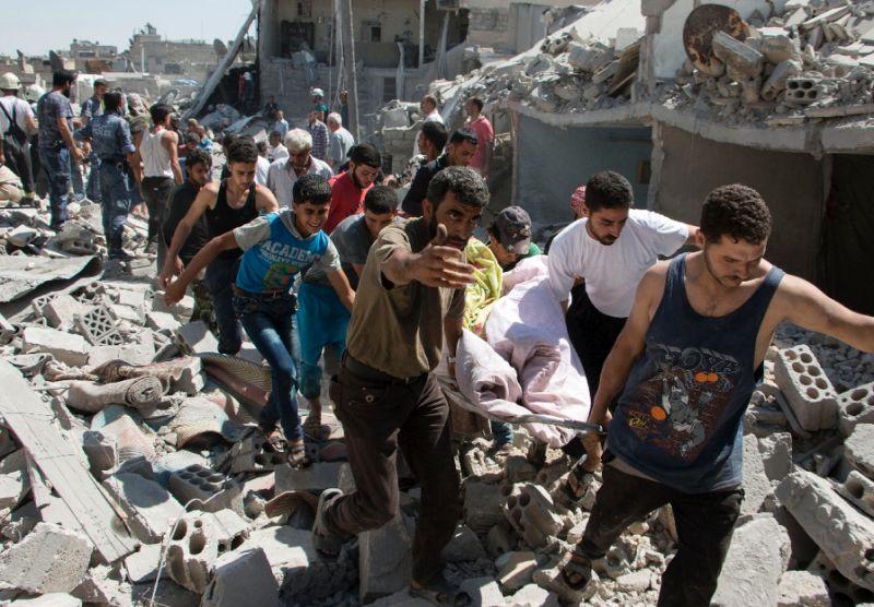 کشته شدن 271 غیرنظامی در نتیجه حملات رژیم اسد و روسیه