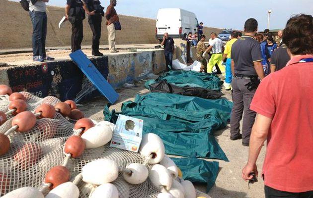 جنازه بیش از ۲۰ پناهجو در دریای مدیترانه یافت شد