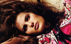دردسر مدل مشهور زن برزیلی برای یک برند معروف لباس زیر